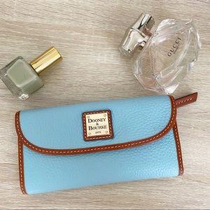 Dooney & Bourke blue leather Wallet